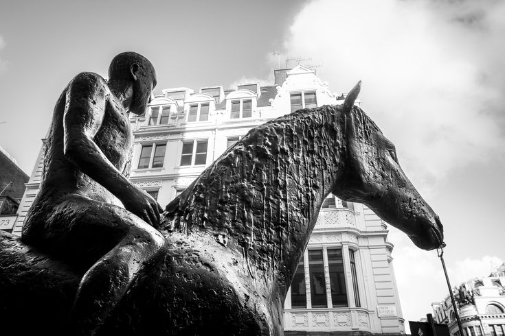 The use of art to enliven the public realm is a prominent theme in many Chapman Taylor Schemes.  Dame Elizabeth Frink, one of England's greatest sculptors, provided her horse and rider statue to our scheme the Hotel Bristol in London.