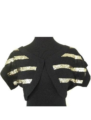 Bolero de gasa negra bordado con lentejuelas doradas. (alquiler 6€, préstamo 6 créditos)