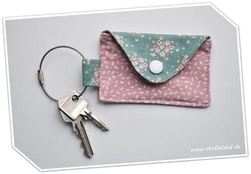 DIY-Schlüsselanhänger oder -Taschenbaumler