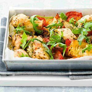 Kijk wat een lekker recept op de test-site van Allerhande! Ovenkip met tomaten en rucola