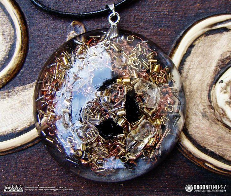 Orgone-Energy Pandantiv Rotund cu Turmalina Neagra si Citrina