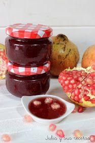 La granada es una fruta propia del otoño, es la fruta carnosa del Granado. La fruta se come fresca, grano a grano. Se suele utili...