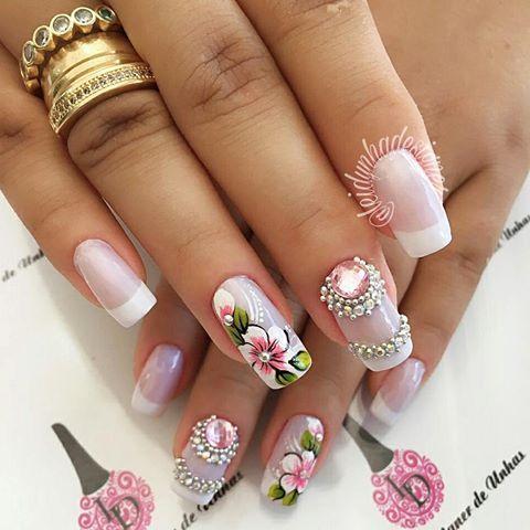 Para tudo Brasil Apaixonada nessa unha, minha arte e meu trabalho #unhasdaleidynha com Pedrarias da @gisafelix10 #flores #unhas #unhasdelicadas #joiasnasunhas #joias #nails #francesinha #sorriso #rosinha #amor #naoeadesivos #nailsoftheday