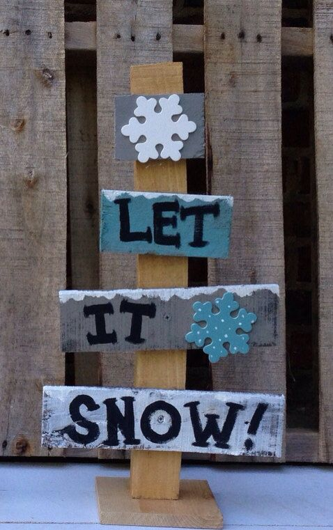 "Pallet wood rustic Christmas tree ""Let it Snow"" on Etsy, $20.00"
