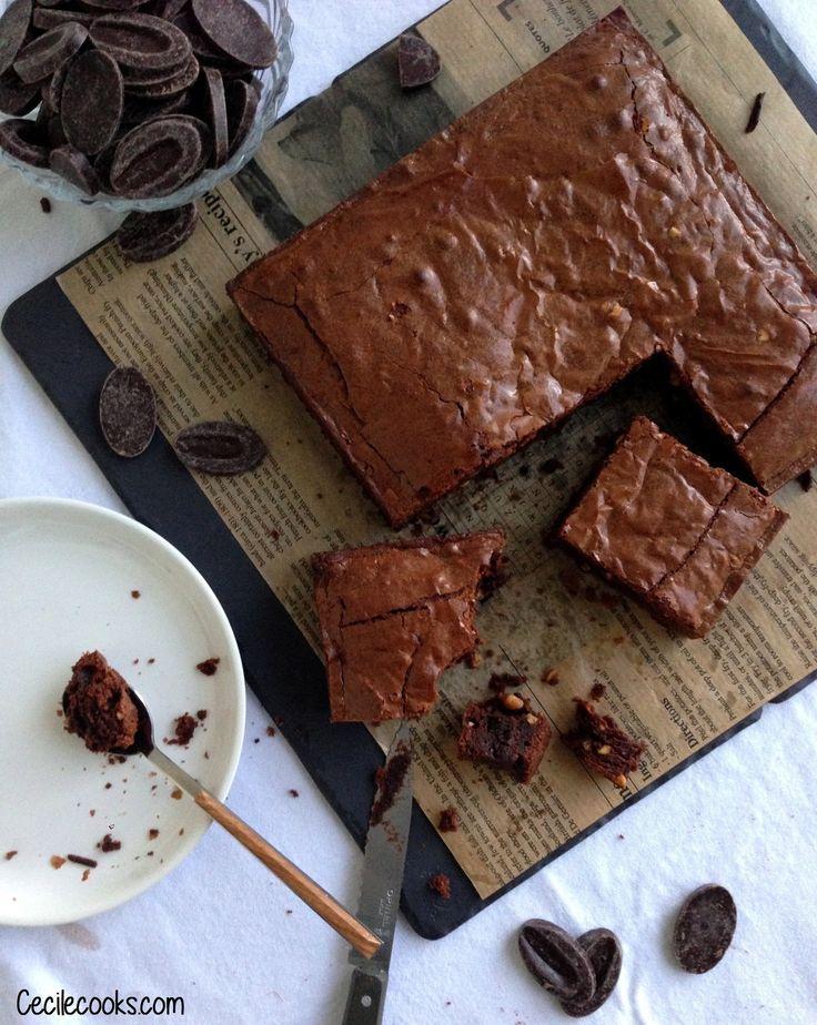 Vous l'aurez compris, cette semaine je vous propose une recette riche, gourmande et chocolatée : un brownie au beurre de cacahuète avec…