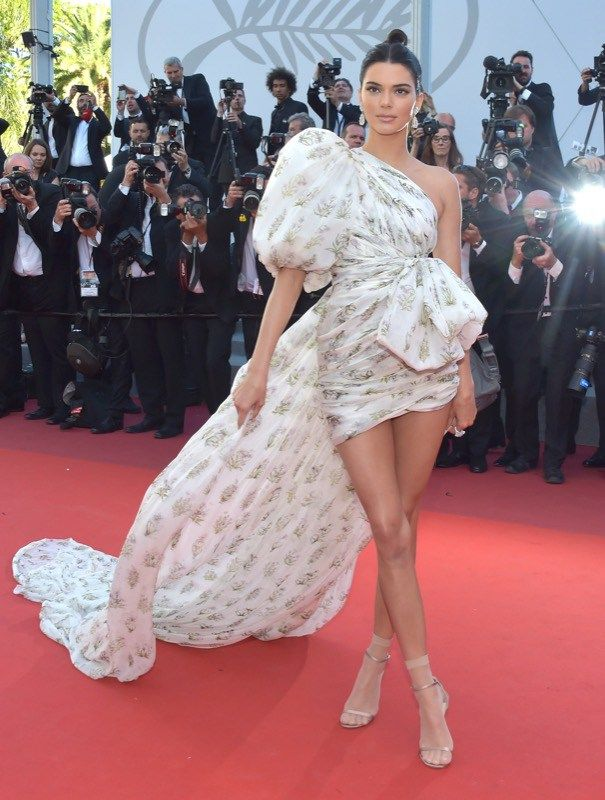 Kendall Jenner Gian Battista Vialli couture cannes 2017