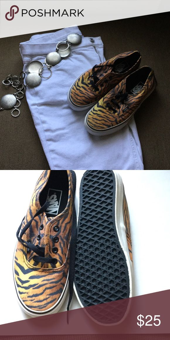 ⚡️FLASH SALE ⚡️⚡️Animal Print Vans Animal print Vans, warn maybe 2 times, super cute and clean. Pics 2and 3 are the actual shoes Vans Shoes Sneakers