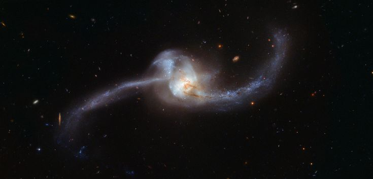 Hubble Unravels a Twisted Cosmic Knot Follow @GalaxyCase if you love Image of the day by NASA #imageoftheday