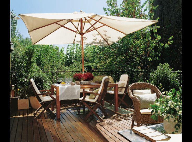 Terraza con mesa de comedor y estar sombrilla jardin - Sombrilla de terraza ...