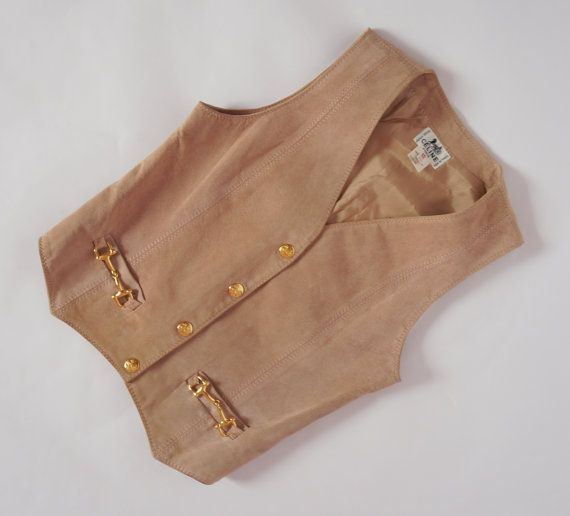 Hello Im glad youre here VINTAGE PANDORA  I offer vintage CELINE leather vest color:beige/powder pink gold logged buttons 100% real leather lining