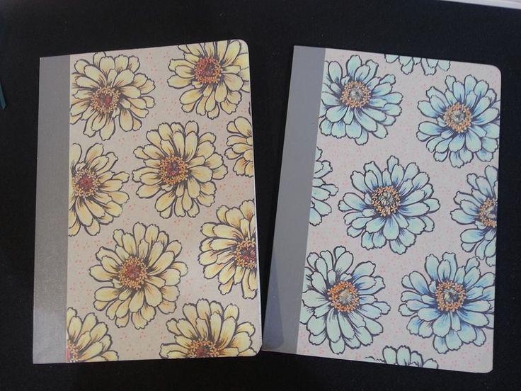 Cuadernos estampados y coloreados a mano