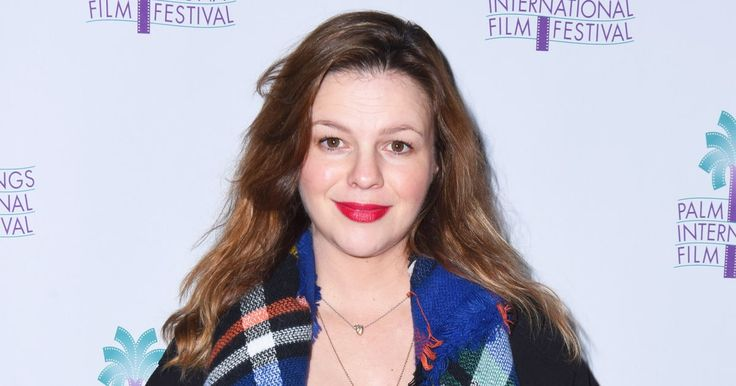 Amber Tamblyn Reveals Daughter's Name in Letter From Hillary Clinton - Us Weekly