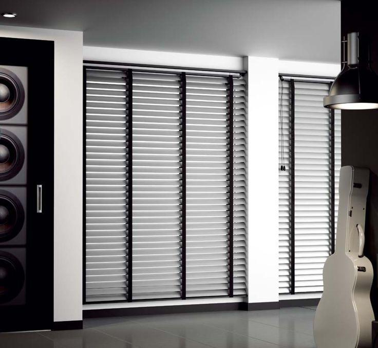 μοντέρνες ξύλινες περσίδες/modern wooden blinds