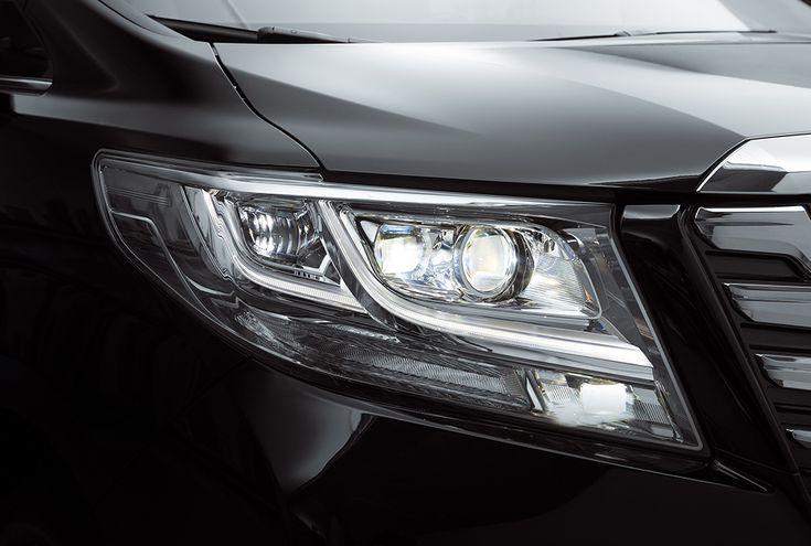Toyota Alphard презентовали в Москве - http://amsrus.ru/2015/03/24/toyota-alphard-prezentovali-v-moskve/
