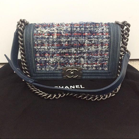 Preloved Chanel Medium Tweed Blue Denim Le Boy Bag Chanel Blue