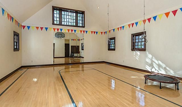 9 best indoor basketball courts images on Pinterest | Indoor ...