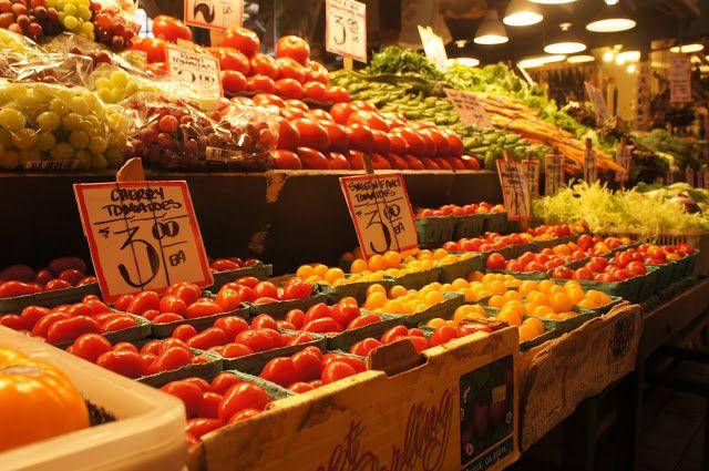 Fresh fruit and vegetables. Pike Place Market, Seattle, Washington, USA.