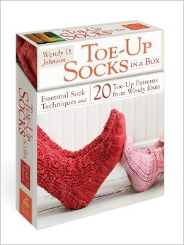 Toe-Up Socks in a Box: Essential Sock Techniques and 20 Toe-Up Patterns from Wendy Knits: Wendy D. Johnson, Alexandra Grablewski: 9780307720...