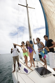 Sailing -   Join in the fun at the Algoa Bay Yacht Club with social Wednesday Evening Sailing, which is open to all who want to try before they buy.