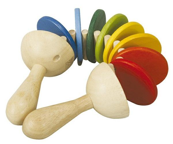 Drewniana klekotka, Plan Toys. więcej na http://www.sklep.osesek.pl