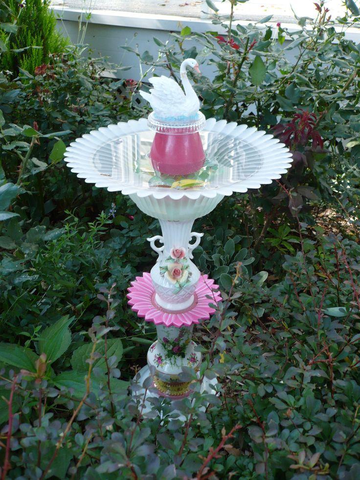 Birdbath/totem Garden junk :: P1050424.jpg picture by jomarkind - Photobucket