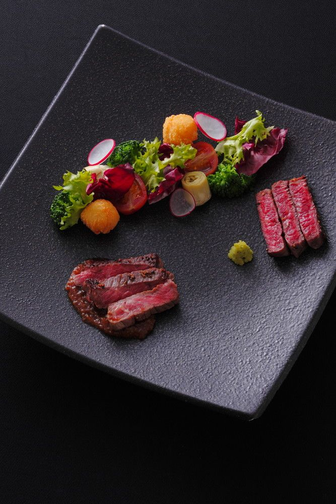 <肉料理>蓼科牛のソテー 2種の味わい シャリアピンソース&安曇野産わさび