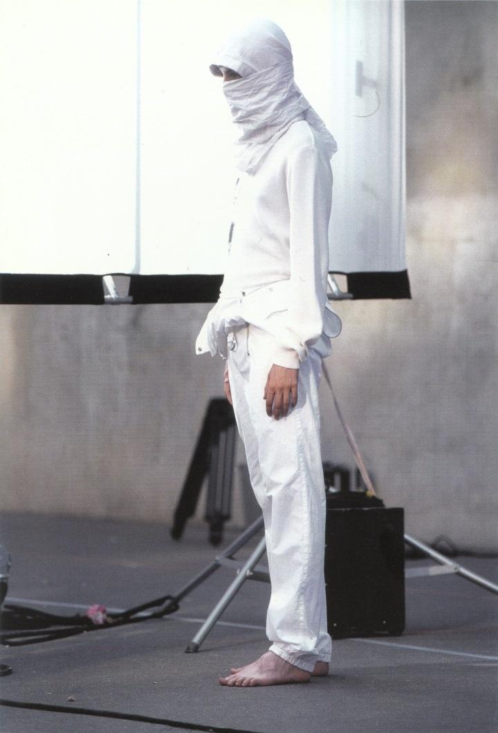 Spring-Summer 2002. Alexander. Photographed by Kurt De Wit. Grooming: Peter Philips. Paris, 2001.