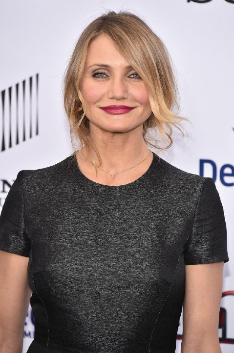 Cameron Diaz. Cameron won the award for Best Female Performance for her role in There's Something About Mary at the MTV Movie Awards 1999.