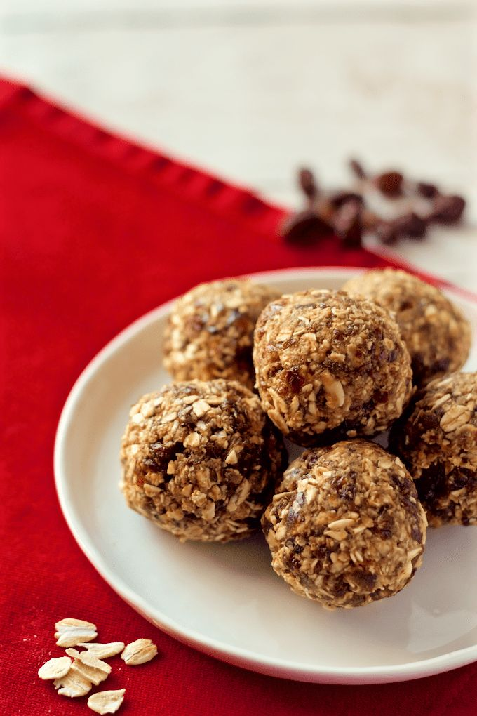 These no-bake treats taste just like chewy oatmeal raisin cookies but are full of only wholesome, clean ingredients!