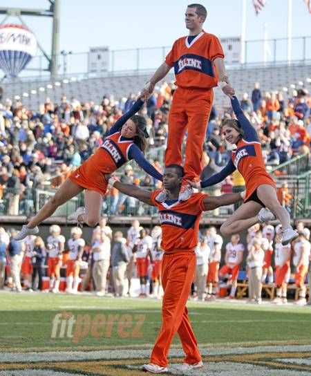 I think I would have more respect for the cheerleaders at my school if they could do this