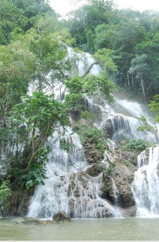 air terjun la popu/foto,westsumba.com
