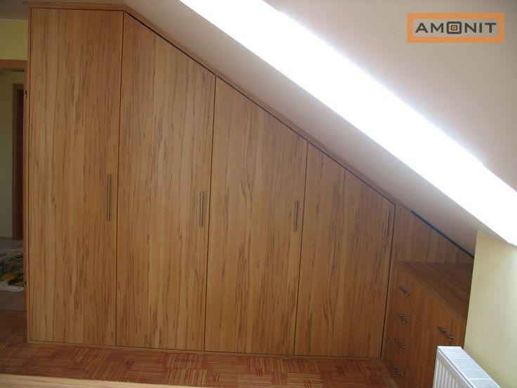 Pantová skříň do podkroví