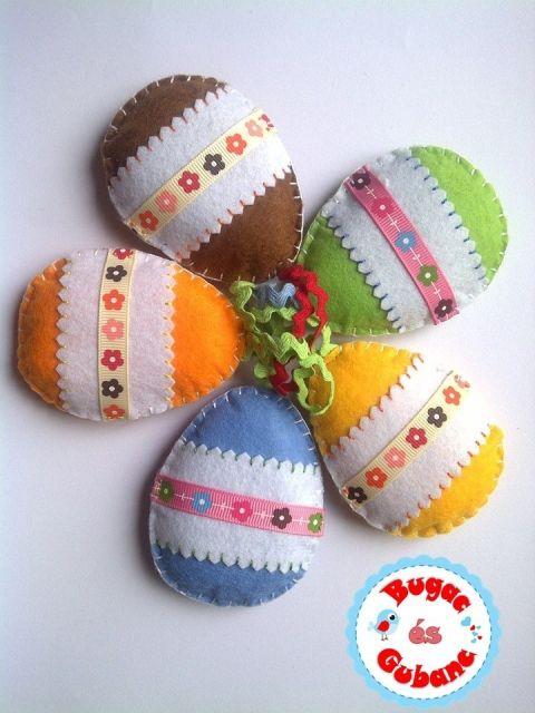 Filc virágos húsvéti tojás 5 színben, dekoráció, ablakdísz, Otthon, lakberendezés, Dekoráció, Húsvéti apróságok, Varrás, Meska
