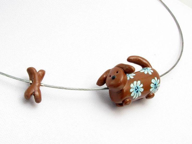 necklace, dachshund, wiener, fimo, puppy,  Waldi jagt den Knochen, Kette, polymer clay Dackel von filigran-Design   auf DaWanda.com