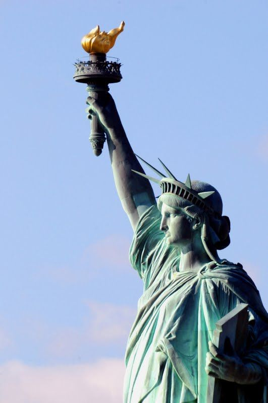 atatFLACARA DRMOCRATIEI uia libertati   statuia libertatii