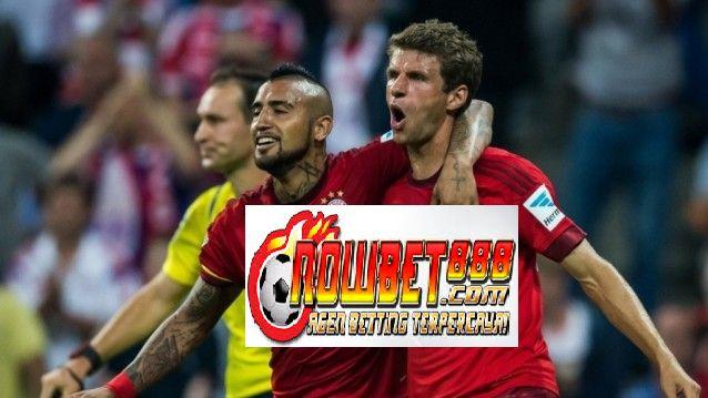Legenda Bayern München Lothar Matthaus mendesak Thomas Muller menolak uang muka dari tim Premier League untuk tetap dengan Bavarians untuk sisa karirnya.