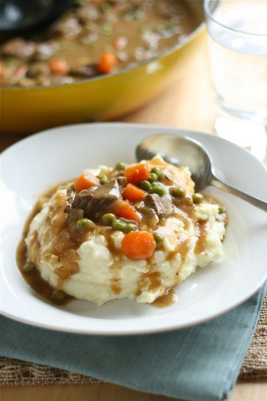 Irish Beef Stew & Mashed Potatoes. The ultimate comfort food. Yummy! #beef #stew