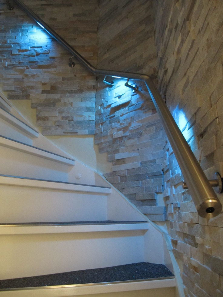 LED illuminated handrail