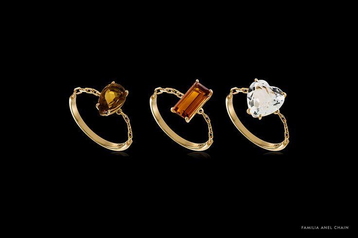 """Com design cleane minimalista, a Família Anel Chain é composta por trêsdelicados anéis: Chain Gota, Chain Heart e Chain Baguete. Protagonistas, as pedras preciosas conferem toque de cor em formatos variados às peças. - Anel Chain Gota: ouro 18k com … <a class=""""leia-mais"""" href=""""http://www.animale.com.br/territorioanimale/joias-2/animale-joias-familia-anel-chain/"""">Leia mais</a>"""