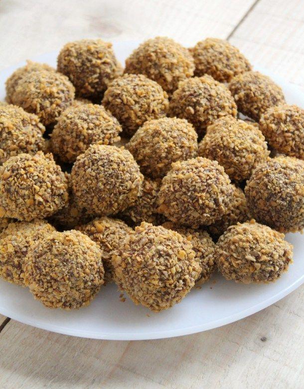 Maizenakoekjes met chocolade en cornflakes zijn één van onze favoriete koekjes. Als je Marokkaans bent of weleens Marokkaanse feesten bijwoont dan ken je ze vast wel. Uit dit recept krijg je behoorlijk wat maizenakoekjes