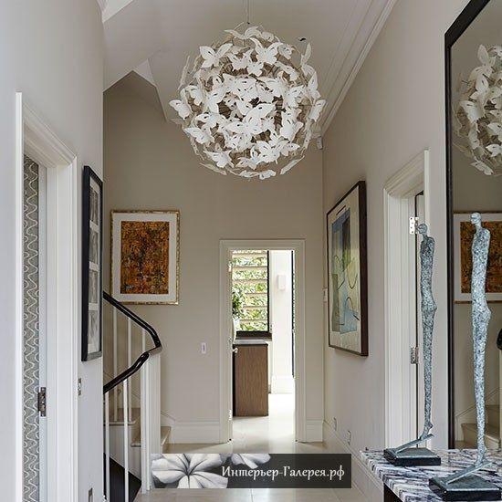 Стильный свет как часть дизайна интерьера - дизайнерские светильники, люстры, бра, торшеры. Значение света и светильников в дизайне интерьера. Красивые люстры и светильники в интерьере.