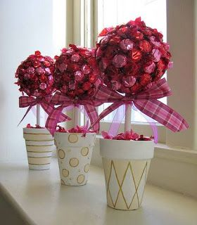 Free Wedding Projects: Candy Tree Centerpiece