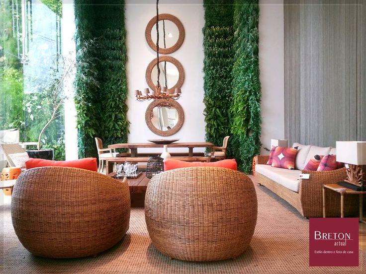 Inspire-se no ambiente em nossa vitrine da Breton da Gabriel composto com sofá e poltrona Cittá e cadeira Agra e dê um novo ar à sua casa! #BretonActual #DicaDecor