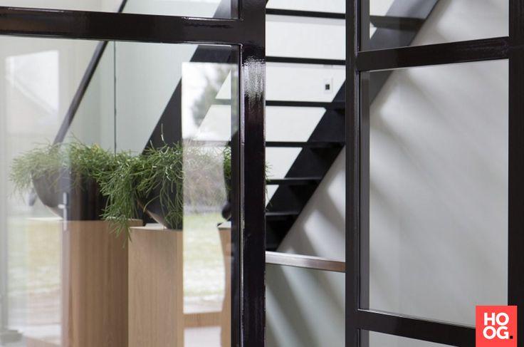 Preferro metaaltechniek - Luxe deuren en trap - Hoog ■ Exclusieve woon- en tuin inspiratie.