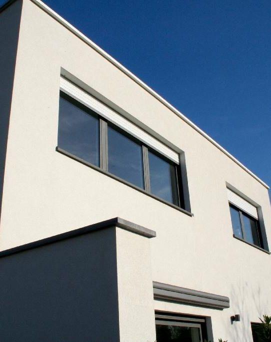 Quand faut-il un permis d'urbanisme ? Photo : www.willcoproducts.be (nouvelle construction • crépi • toit plat)