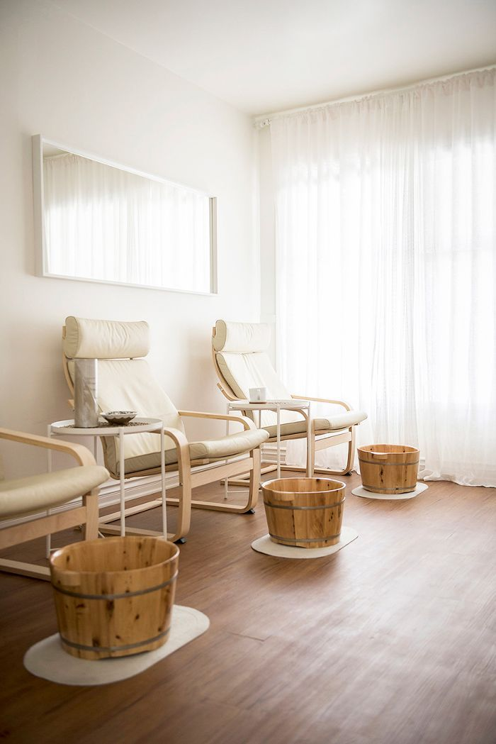 See How Wellness And Design Collide In This Dreamy Acupuncture