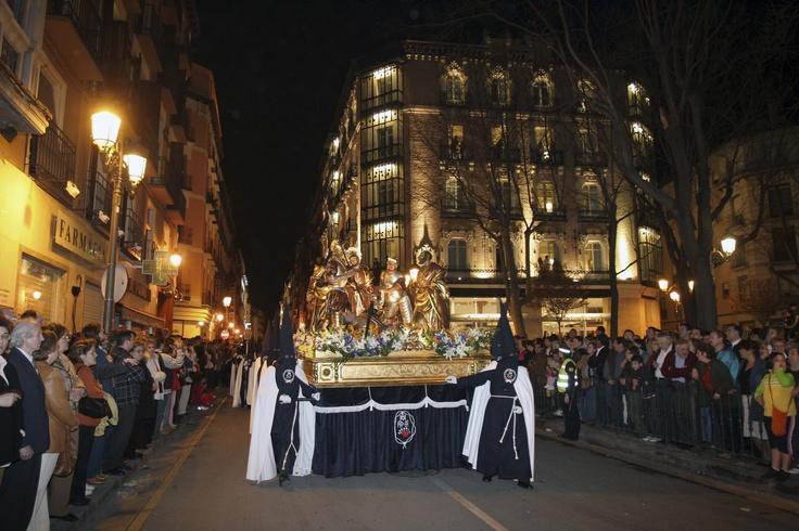 Paso procesional en C/ Manifestación