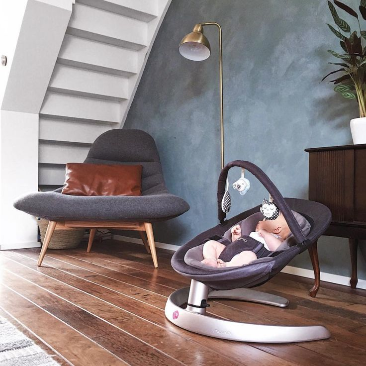 Perfectly suited to stylish living spaces 🏠  the Nuna Leaf Curv in Dusk sways gently to settle your little one anywhere, anytime of day!  _ 📷 thesematters | Nuna Australia