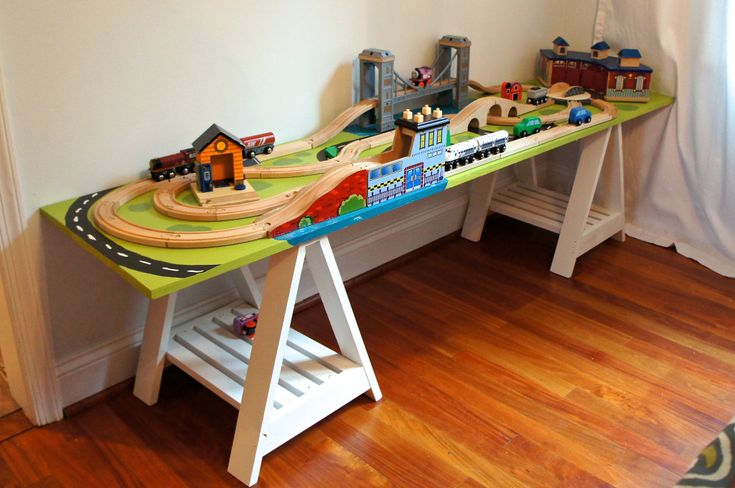 Train table DIY