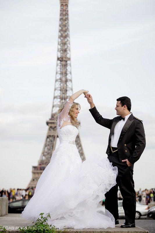 Cherish The Dress em Paris da Noiva Priscilla Dellano